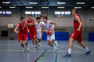 Moritz Eckert: Der Kapitän geht voran