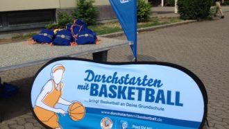 Sportrucksäcke für die Basketballer der Birkenwaldschule