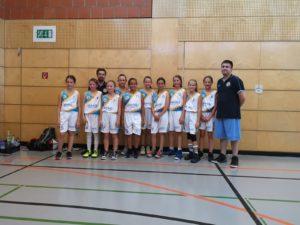 Erstes Ausrufezeichen der U12 Post Mädels beim Turnier in Mainstockheim
