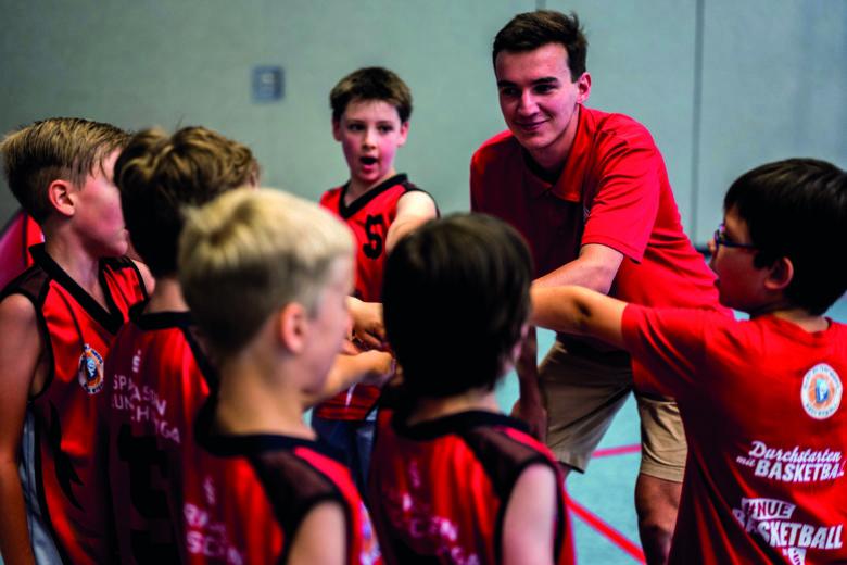 Spende für einen 9-Sitzer für den Kinder- & Jugendbasketball in Nürnberg